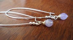 Earrings Long Silver Amethyst Earrings by StrokesandStone on Etsy Long Silver Earrings, Amethyst Earrings, Etsy Earrings, Earrings Handmade, Hair Accessories, Gemstones, Beauty, Beleza