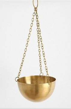 for hanging plants.or hanging fruit.for your hanging needs Diy Hanging Planter, Brass Planter, Metal Planters, Vases, Indoor Garden, Indoor Plants, Messing, Home Accents, Decoration