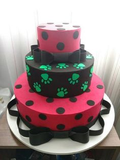 39 best lady bug e cat noir images Ladybug Cakes, Owl Cakes, Miraclous Ladybug, Cupcake Cakes, Fruit Cakes, Beautiful Cakes, Amazing Cakes, Cumpleaños Lady Bug, Les Miraculous