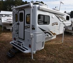 Best 3 4 Ton Truck >> 42 Best Rv Truck Campers For 3 4 And One Ton Trucks Images