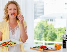 Ernährungstipps gegen Pickel, Akne und unreine Haut - Diese Vitamine, Mineralien und Ernährungsarten helfen. www.ihr-wellness-magazin.de