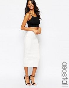 Browse online for the newest ASOS TALL Pencil Skirt in Cable Knit Texture styles. Shop easier with ASOS' multiple payments and return options (Ts&Cs apply). Outfits For Teens, Stylish Outfits, Fashion Outfits, White Skirts, White Dress, Pencil Skirt Outfits, Models, High Waisted Skirt, Dresses For Work