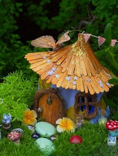 Create Cute Fairy Garden Ideas 29