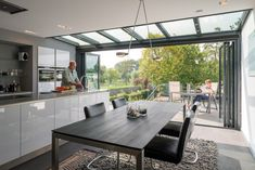 The Solarlux Wintergarden is a deluxe insulated glass extension that will make a spectacular addition to any home. House Extension Design, Glass Extension, House Design, Kitchen Glass Doors, Conservatory Kitchen, Modern Conservatory, Garden Room Extensions, Open Plan Kitchen Living Room, Rich Home