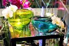 #Vasi verdi e blu con aggiunta di #orchidee.