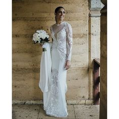 Bridal elegance of has her glowing on her wedding day! Wedding Gowns, Wedding Day, Wedding Bouquets, Pallas Couture, Bridal Elegance, Strictly Weddings, Beautiful Gowns, Luxury Wedding, Bridal Style