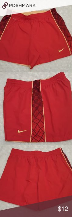 Women's Nike dri-fit athletic shorts! These shorts are Dri-Fit and have an elastic waist as well as a drawstring. No pockets. Nike Shorts