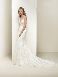 Brautkleid Blumenstickerei - Dralia