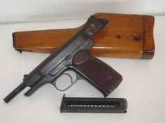 Avtomaticheskiy Pistolet Stechkina Designed by Igor Stechkin c.1949-51, manufactured c.1954 in the USSR. 9x18mm Makarov 20-round removable box magazine, blowback select fire, removable holster stock. The creation of the AK line of assault rifles made PPSh and PPS submachine guns obsolete in only a few years, which prompted Soviet tank, artillery and mortar crews to be issued instead with this new generation of pistol-caliber automatic firearms.