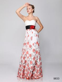 ホワイトベースにほんのりレッド模様のロングドレス♪ - ロングドレス・パーティードレスはGN 演奏会や結婚式に大活躍!
