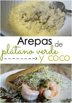 Receta de arepas de plátano verde y coco. Ricas en fibras e ideal para cualquier dieta | arepasfit.com