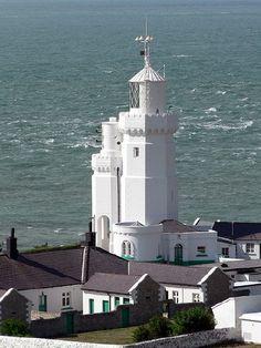 Hurst Point High Lighthouse