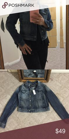 Express crop jeans jacket Brand new with tags Express Jackets & Coats Jean Jackets