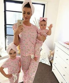37 trendy baby outfits for girls mother daughters sweets Cute Baby Girl, Mom And Baby, Baby Love, Mommy And Me, Fashion Kids, Womens Fashion, Fashion Trends, Twin Babies, Cute Babies
