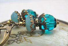 Hoi! Ik heb een geweldige listing gevonden op Etsy http://www.etsy.com/nl/listing/157051876/amazonite-earrings-neo-victorian