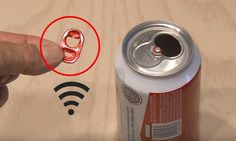 This might appear as a fairytale to you, but with the help of a beer can you can strengthen your Wi-Fi reception. First empty one beer can and cut the bottom and the top. Debit Internet, Fast Internet, Computer Internet, Computer Tips, Wi Fi, Lifehacks, Clay Christmas Decorations, Tips & Tricks, Dose