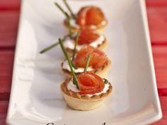 Receta Aperitivo : Bocaditos de salmón ahumado y queso fresco por Cocina con Ana