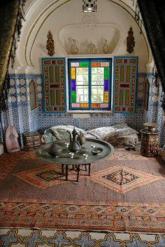 Morrocan Interior, Bohemian Interior, Moroccan Design, Moroccan Decor, Coffee House Interiors, Decorating Small Spaces, Mid Century House, Cool Rooms, Decoration