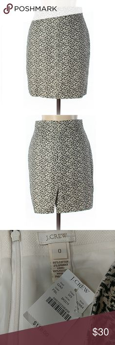 """J Crew Printed Pencil Skirt NWT. 27"""" waist, 18"""" long. Fully lined, little bit of stretch. All pictures are of the actual item that you will receive. Smoke-free home. J. Crew Skirts Pencil"""