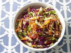 "Firecracker Coleslaw Recipe: With its ""explosive"" flavor, this coleslaw if far from the mayo-laden boring version you see at summer BBQs! Also, with its vibrant colors, it will surely brighten up the buffet table! Spicy Coleslaw, Coleslaw Recipe Easy, Coleslaw Recipes, Healthy Late Night Snacks, Fourth Of July Food, July 4th, Healthy Salad Recipes, Soup And Salad, Summer Recipes"
