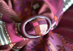MaiTai Collectin lacquered scarf ring - bordeaux