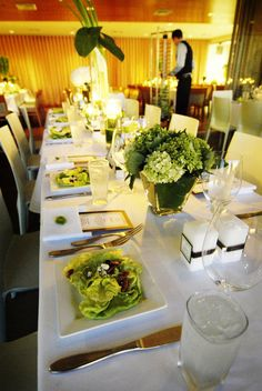 Green and modern table setting