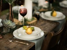 Rustic, Autumnal wedding tablescape styled by Blue Wren Barn | Photo by John Barwood Photography | Read more at http://www.rockmywedding.co.uk/tag/blue-wren-barn/ #rustic #wedding #tablescape #ideas #autumn #pears