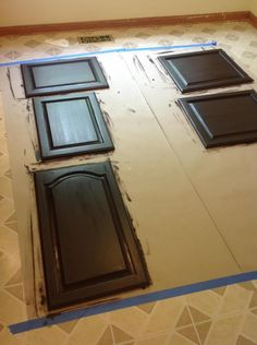 Clean, Smart, Simple Style: Gel Stain Kitchen Cabinet Makeover (Tutorial) could come in handy when I redo my house. Kitchen Redo, Kitchen Remodel, Stained Kitchen Cabinets, Kitchen Cabinetry, Staining Cabinets, Cabinet Makeover, Reno, Shabby, Construction