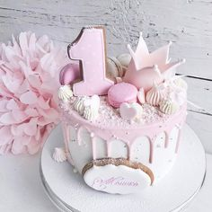 Cake for Lana- Taart voor Lana Cake for Lana - Sweet Cakes, Cute Cakes, Pretty Cakes, First Birthday Cakes, Birthday Cake Girls, 1 Year Birthday, Birthday Parties, Drip Cakes, Fancy Cakes