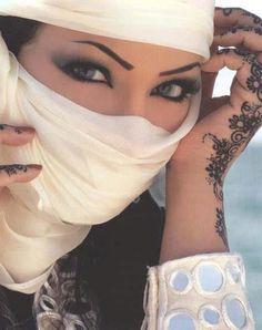 Khaleeji style