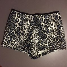 NWOT super cute One clothing shorts New shorts. Zip up back size small. Flattering fit one clothing Shorts