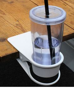 Keeping your desk free of clutter can by quite a challenge, but Drinklip does its part to help. The Drinklip clamps to the edge of your desk and keeps My Coffee, Coffee Cups, Funky Gifts, Cool Gadgets, Desk Gadgets, Office Gadgets, Kitchen Gadgets, Incredible Gifts, Desk Accessories