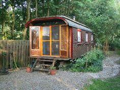 Leudal Castle  - Gypsy Wagon