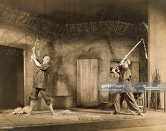 News Photo : Actors Claude Rains and Alla Nazimova in the play. Claude Rains, Good News, Entertaining, Actors, Play, Classic, Movies, Earth, Painting