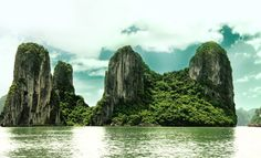 Halong Bay | New7Wonders of Nature. Last time when I was in Hanoi, I had to cancel my trip here because of fever. Next time there will be no excuse!!!! :-)