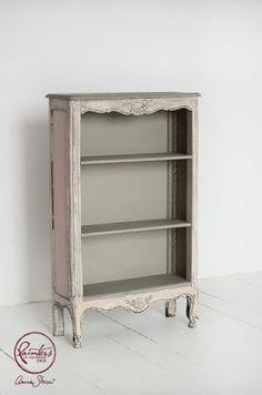 Annie Sloan • Paint  & Colour: Agnieszka Krawcyzk's Pretty Pastel Shelves