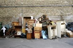 How to Trash the Bulky Junk You Don't Want to Take When You Move