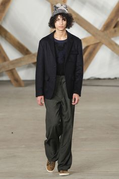 See the complete Billy Reid Fall 2016 Menswear collection.