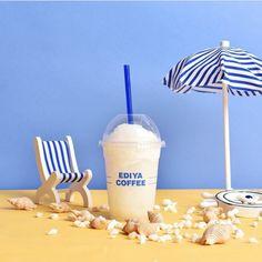 Menu Design, Food Design, Brand Packaging, Packaging Design, Cafe Posters, Prop Styling, Cafe Food, Food Photography Styling, Milk Tea