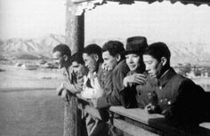 John Fernhout, Robert Capa and Joris Ivens with some chinese officers. China, 1938