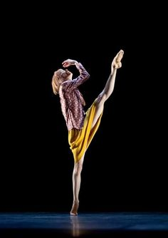 """The dancer Sylvie Guillem, whose program Miles Away"""" comes to the David H. Koch Theater on Wednesday, has had a singular career, going from ballet to contemporary dance. Modern Dance, Contemporary Dance, Shall We Dance, Lets Dance, Dance Pictures, Dance Pics, Dance Images, Paris Opera Ballet, Dance Movement"""