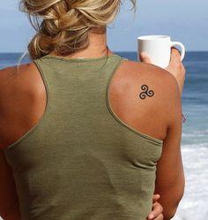 Triskele Tattoo #triskele #tattoo #temporarytattoo #faketattoo #tattooforaweek