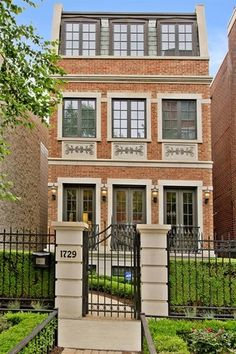 1729 N Marshfield Ave, CHICAGO, IL 60622 - 4 beds/4.5 baths
