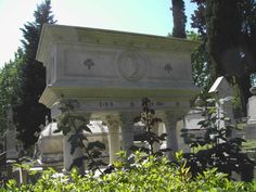 Photo of Elizabeth Barrett Brownings beautiful grave. The Protestant Cemetery, Florence.