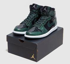 Jordan Brand Gives the Air Jordan 1 Retro Hi a Polished Look - EU Kicks: Sneaker…