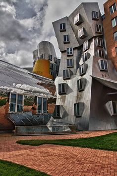 MIT Stata Center - Boston, MA