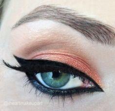 Red-winged Blackbird by iheartmakeupart on Makeup Geek..  ❤