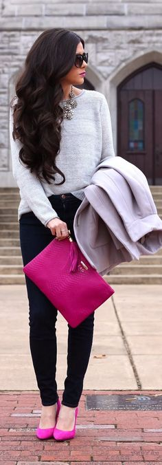 Inspiration! White top of any kind... black leggings or slacks, neutral jacket AND a Pop of color in matching shoes and bag. PERFECT!