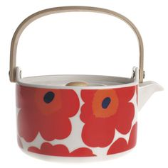 Marimekko Unikko Red Teapot It's teatime with Marimekko's Unikko Red Teapot. High-quality ceramic stoneware keeps liquids hot, while the removable strainer allows you to steep loose tea correctly. The smooth wooden handle keeps t. Marimekko, Japan Design, Red Teapot, Design Japonais, Perfect Cup Of Tea, Poppy Pattern, Kartell, Tea Strainer, Wood Sizes