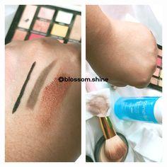 Clinelle Deep Cleansing Water terbukti efektif mengangkat berbagai macam jenis makeup, termasuk yang waterproof